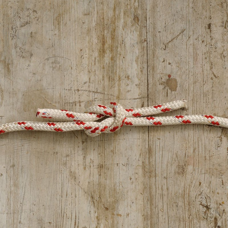 Essential Knots: Reef knot