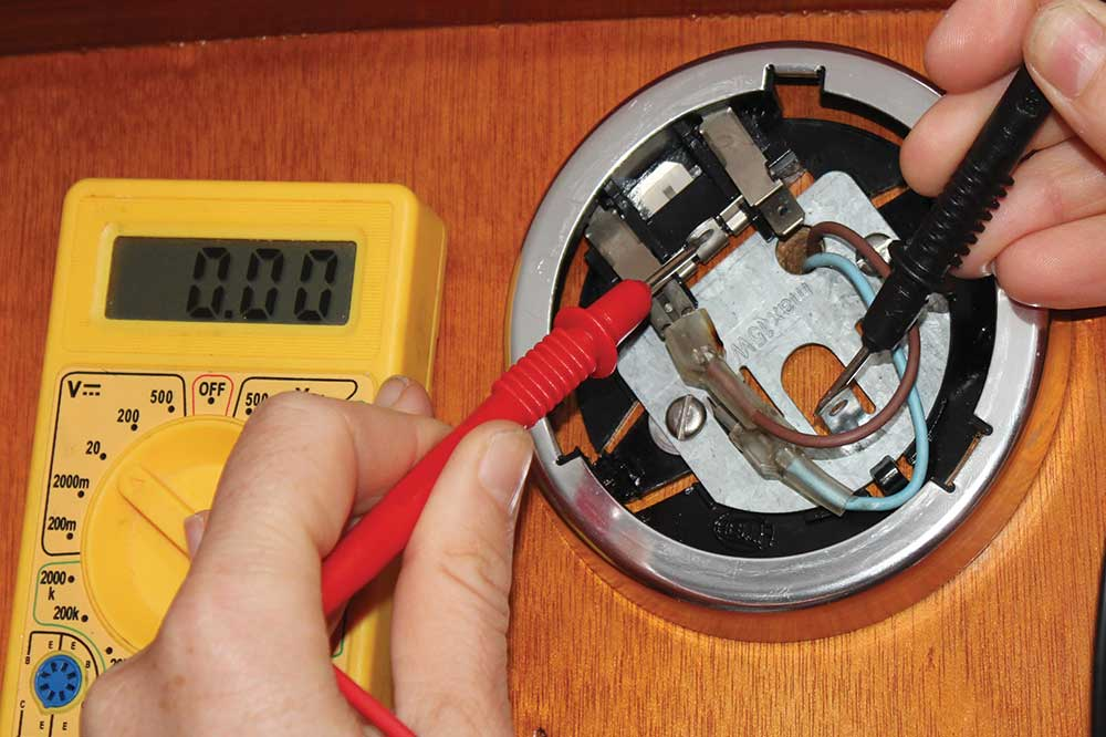 Boat electrics and essential checklist