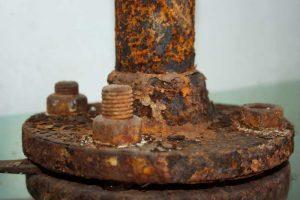 rusty bolts boat